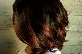 Варианты выполнения балаяжа на черных волосах