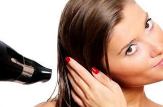 Как предотвратить повреждение окрашенных волос с помощью бальзама