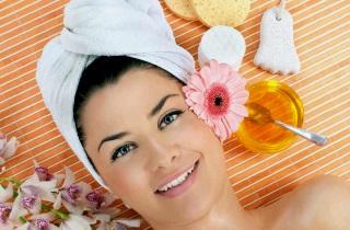 Способы применения белой глины для волос