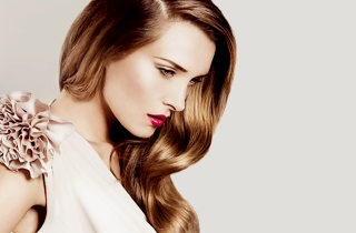Как выполняется укладка волос на брашинг