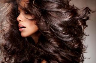 Как применять шампунь для объема волос