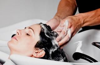 Самые эффективные шампуни для объема волос