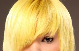 Как работать с фоном для осветления волос