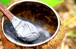 Маски с глиной