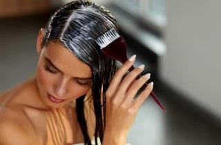 Окрашиваем волосы в темный цвет в домашних условиях