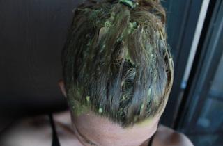 Как нужно готовить маску для волос из авокадо
