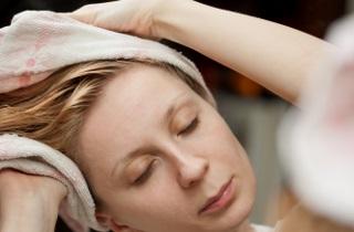 Как применять яичные маски для волос с маслами