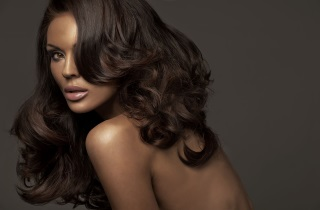 Окрашивание темных волос