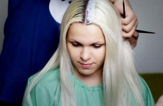 Как осветлять волосы с помощью шампуня