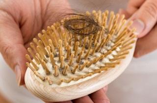 Как предотвратить потерю волос в подростковом периоде