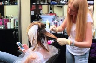 Как окрашивают светлые волосы по технике шатуш в салоне