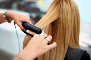 Выбираем средство для выпрямления волос