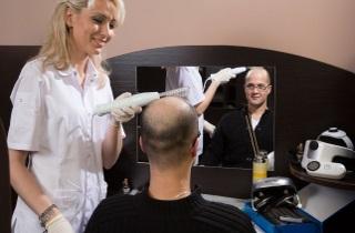 Процедуры и средства для лечения мужского облысения