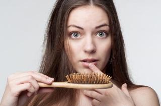 Выпадают волосы после окрашивания